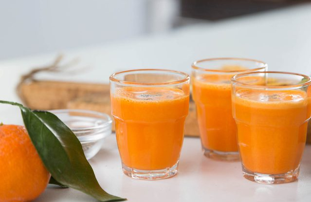 Znalezione obrazy dla zapytania: shot with orange